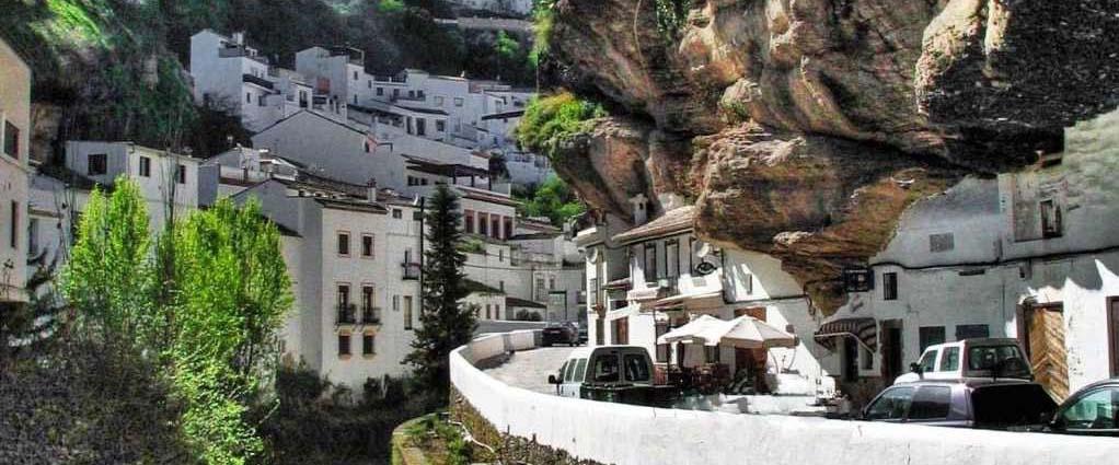 pueblos bonitos andalucia, turismo andalucia, viajes andalucía, rincones secretos andalucía.